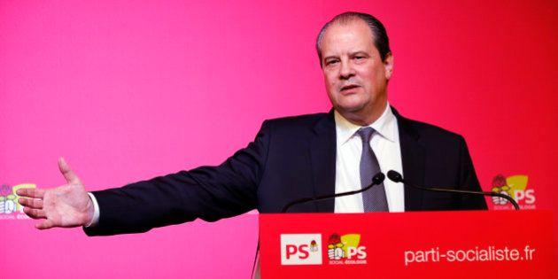Pour ou contre une candidature Hollande en 2017? Cambadélis va sonder le