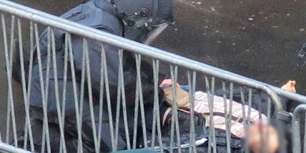 La famille de l'assaillant du commissariat de la Goutte d'Or à Paris rejette toute motivation extrémiste...