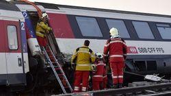 Une collision entre deux trains en Suisse fait une cinquantaine de