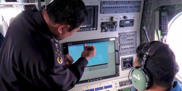 Recherches de l'avion disparu : la Chine lance 10 satellites pour intensifier les