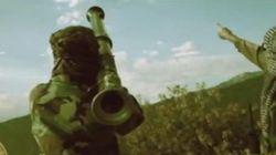 La rencontre de Dumbo avec des rebelles armés, vue par