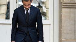 Sarkozy suspend son recours contre sa mise en