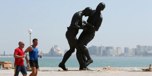 Au Qatar, la statue
