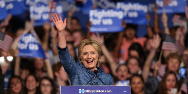 Hillary Clinton rafle la mise au 2e