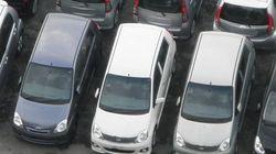 Pourquoi les voitures sont-elles grises, blanches ou