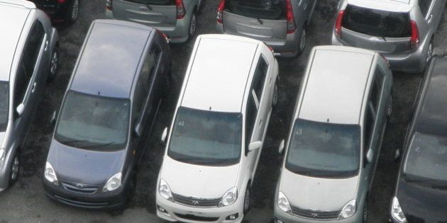 From our apartment at SS16, Subang Jaya, we got an aerial view over a car dealer which was just across...
