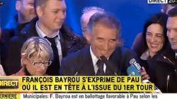 Bayrou ému aux larmes après les