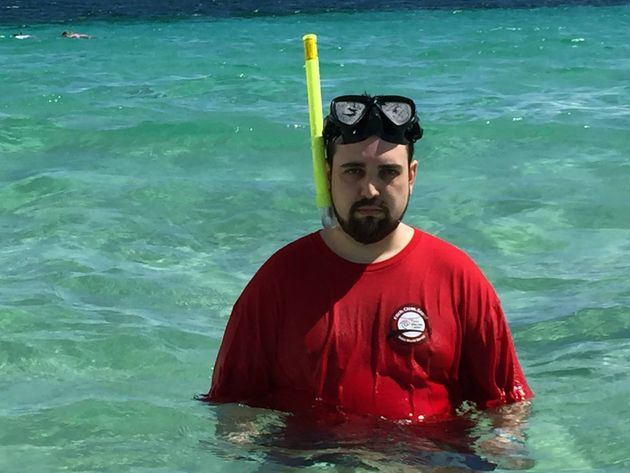 Triste d'avoir passé ses vacances sans sa femme, il a eu sa