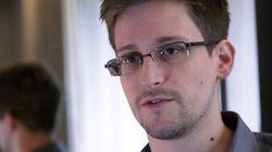 Snowden reçoit un prix par des anciens de la