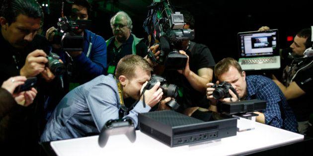 La PS4 de Sony devant la Xbox One de Microsoft au nombre des consoles
