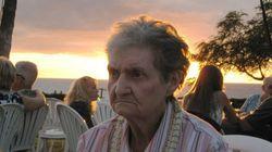 PHOTOS. Cette grand-mère n'est pas impressionnée pour son premier voyage à