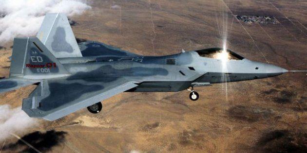 Corée du Nord: Washington déploie des chasseurs F-22, réunion du parlement au