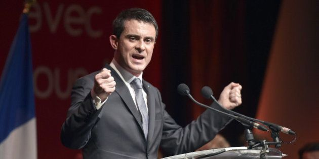 Elections départementales 2015: le FN accuse (à tort) Manuel Valls de faire campagne aux frais de