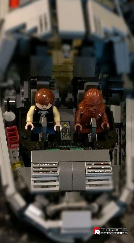 PHOTOS. Le Millennium Falcon de Star Wars en 10.000 pièces