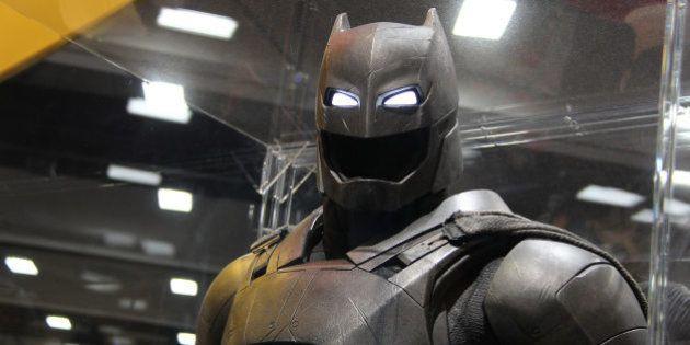 VIDÉOS. L'armure de Bruce Wayne dans
