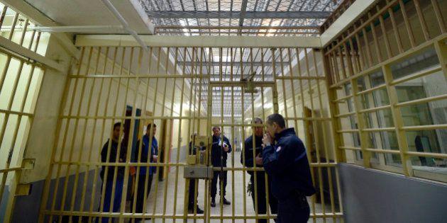 Travail en prison: le détenu n'est pas un salarié comme un