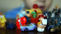 Une fillette meurt étouffée par le jouet d'un Kinder