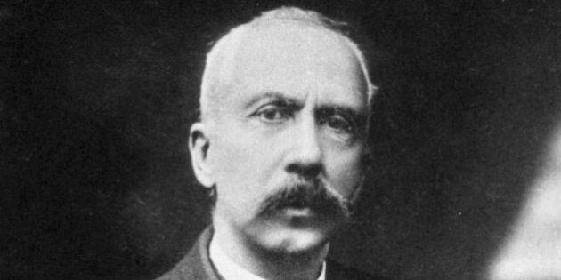 L'hôpital de Villiers-le-Bel, Charles Richet, renommé Adélaïde Hautval après une longue