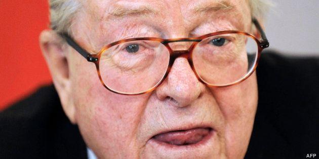 Jean-Marie Le Pen défend Dieudonné qui, d'après lui,