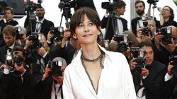 Sophie Marceau en culotte sur le tapis rouge à