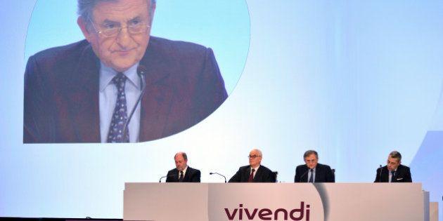 Vente SFR: Vivendi a-t-il le droit d'accepter la nouvelle offre de Bouygues