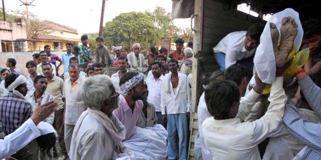 Inde: bousculade près d'un temple, 109 morts et 133