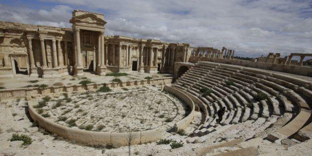 Daech exécute des dizaines de civils dans son avancée vers la cité antique de
