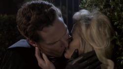 Mais pourquoi Benedict Cumberbatch et Reese Withespoon échangent-ils un baiser