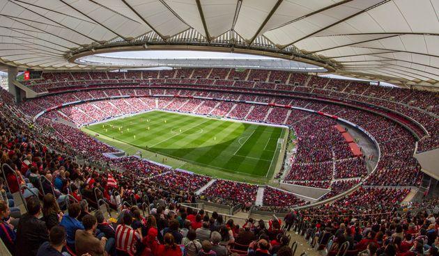 Los retos del fútbol femenino: cuando llenas estadios pero no puedes vivir de