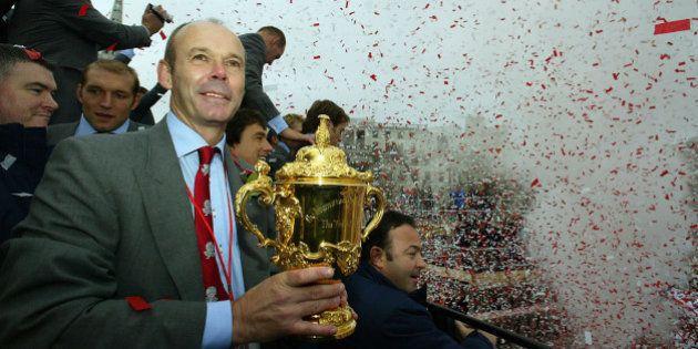 Clive Woodward sera-t-il le premier Anglais à diriger l'équipe de France de
