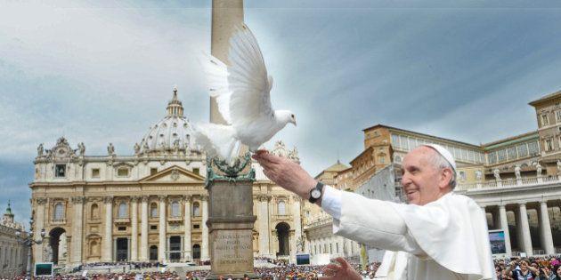 Le pape François entrouvre les portes du paradis aux chiens et