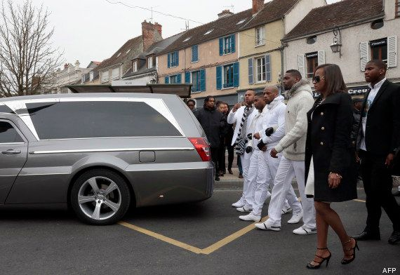 PHOTOS. Koh-Lanta: obsèques du candidat Gérald Babin, en présence de Denis Brogniart et Nonce