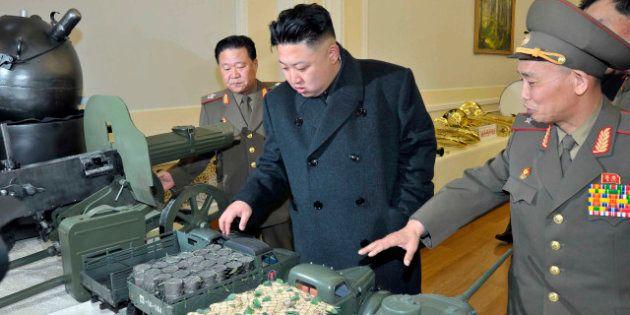 La Corée du Nord installe un deuxième missile de moyenne portée, Paris