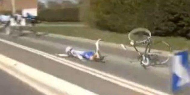 VIDÉO. Paris - Roubaix : le cycliste FDJ Offredo fait une chute
