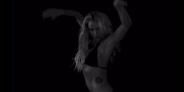 VIDÉOS. Plus sexy que jamais, Britney Spears a une surprise pour