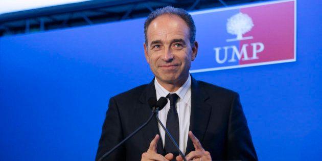Inventaire Sarkzoy: Copé fait l'apologie du bilan, l'UMP publie un sondage