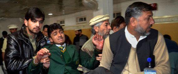 Pakistan : les talibans attaquent une école et font 141 morts dont 138