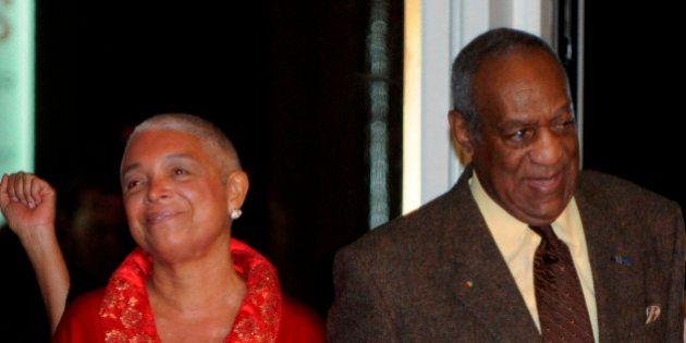 La femme de Bill Cosby pourfend les médias et défend son