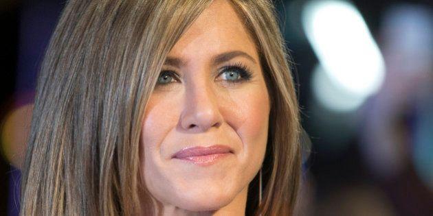 Jennifer Aniston n'est toujours pas enceinte et remet à leur place ceux qui la