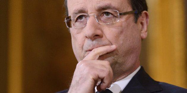 Remaniement, annonces télévisées, mesures fiscales: les pistes de François Hollande pour