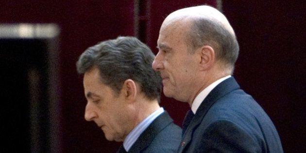 À la primaire UMP, Alain Juppé battrait largement Nicolas Sarkozy lors du 2nd