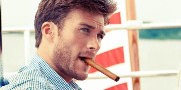 Scott Eastwood pourrait incarner Christian Grey dans l'adaptation de