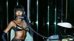 À 44 ans, Naomi Campbell pose toujours pour de la lingerie
