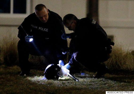 VIDÉO. Ferguson : Deux policiers gravement blessés par balle pendant une