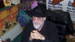 Terry Pratchett, la Mort et l'euthanasie: une longue histoire qui a créé le