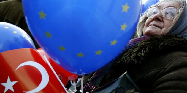 Adhésion de la Turquie à l'Union européenne: Ankara salue la relance même