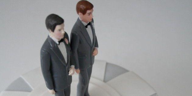 Mariage gay binational: la justice autorise en appel un couple franco-marocain à se