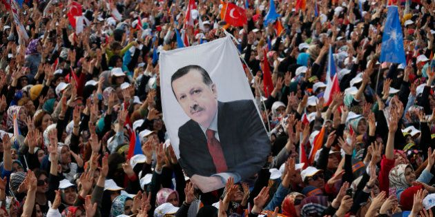 Recep Tayyip Erdogan, de l'homme fort de la Turquie à la dérive