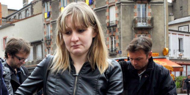 Fiona: requalification de la mise en examen de la mère pour