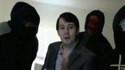 Il menace d'endommager l'album du Wu-Tang Clan dont il détient l'unique